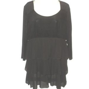 Slinky Size M Tunic Top Tiered 3/4 Sleeves Black